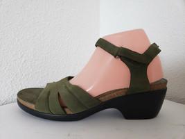 Easy spirit women genuie suede cork insole  sandals - $26.18