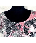 Notations Petite M Medium Paisley Black Pink White Stretch Short Sleeve ... - $17.99