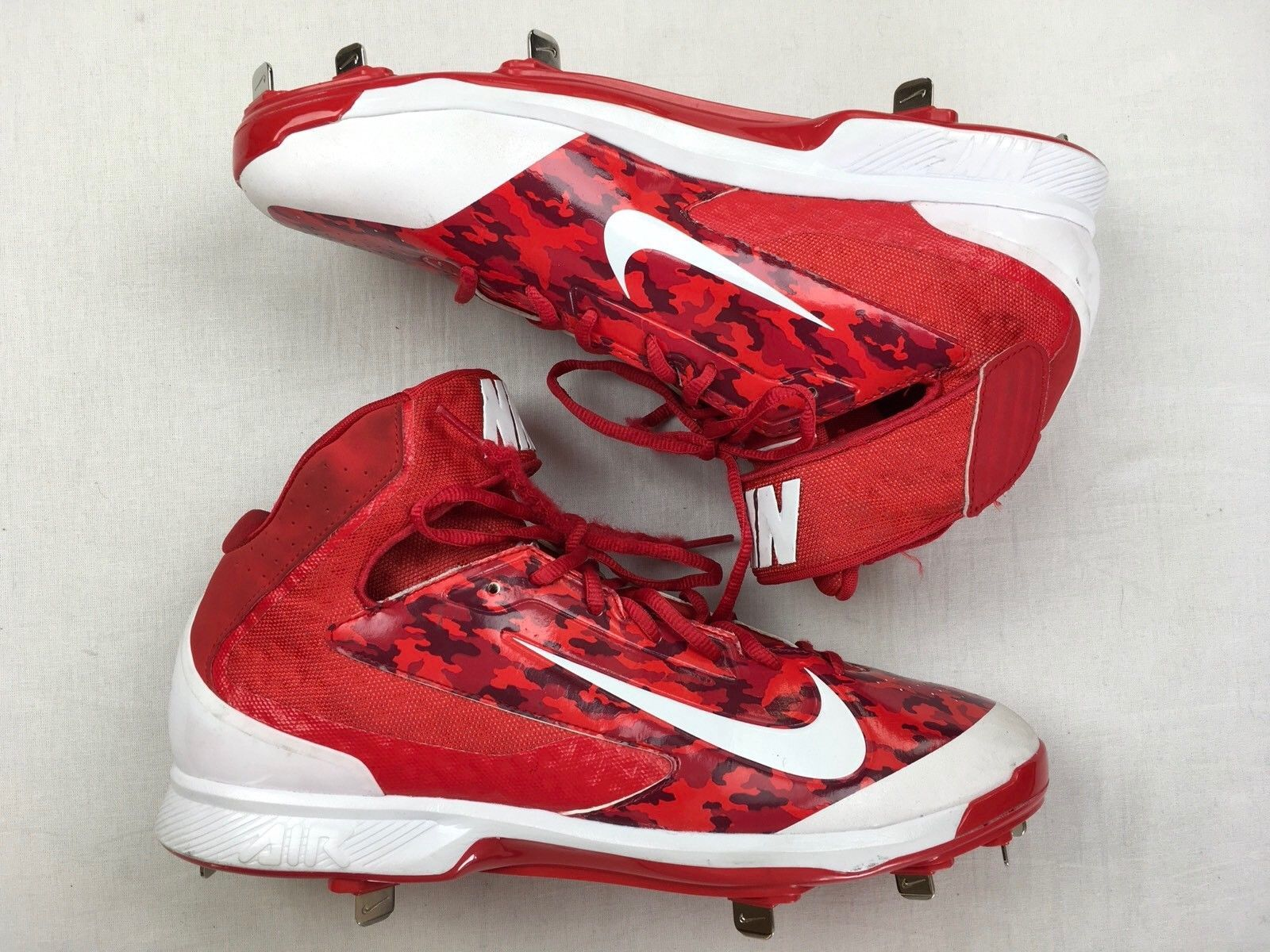 separation shoes a5c55 141fd NIKE AIR HUARACHE Pro Mid Metal Baseball Cleats New Red Camo Men s 599235 13