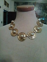 VINTAGE GOLDEN CHOKER NECKLACE HAMMERED DISCS W/ FAUX MABE PEARL + EARRINGS - $90.00