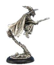 28mm Discworld Miniatures: Esme on broom (1)