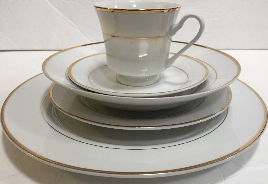 "Primary image for Gibson Designs 5 Piece Place Setting ""Anniversary Golden"" Service for 1"