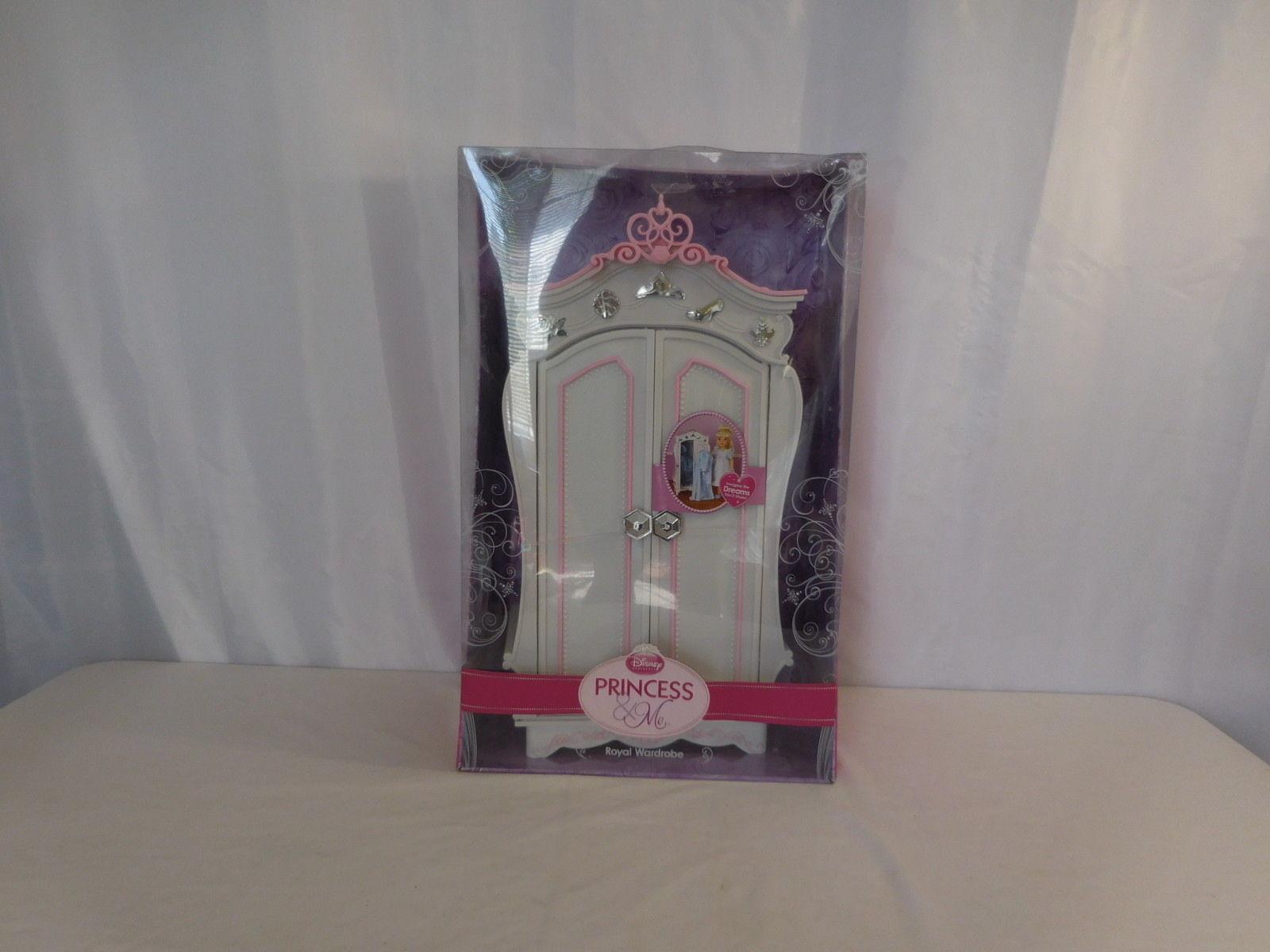 Disney Princess & Me Royal Wardrobe 2010 Jakks NIB Rare