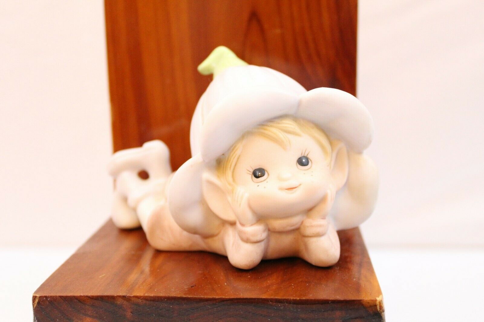 Primary image for VINTAGE HOMCO CERAMIC FAIRY FIGURE 5615