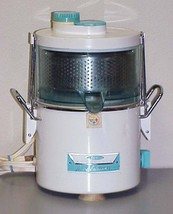 Vintage Oster Automatic Juice Extractor Model 357 Juicer - Blue - $34.99