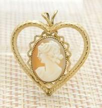 DCE DEC 14kt Gold Filled Cameo Heart Pendant Vintage - $59.39