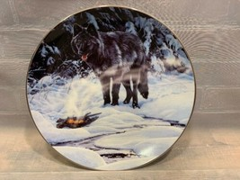 CLOSE ENCOUNTERS Phantoms of Forest #1089A Bradford Exchange Plate Wolf Wolves - $11.13