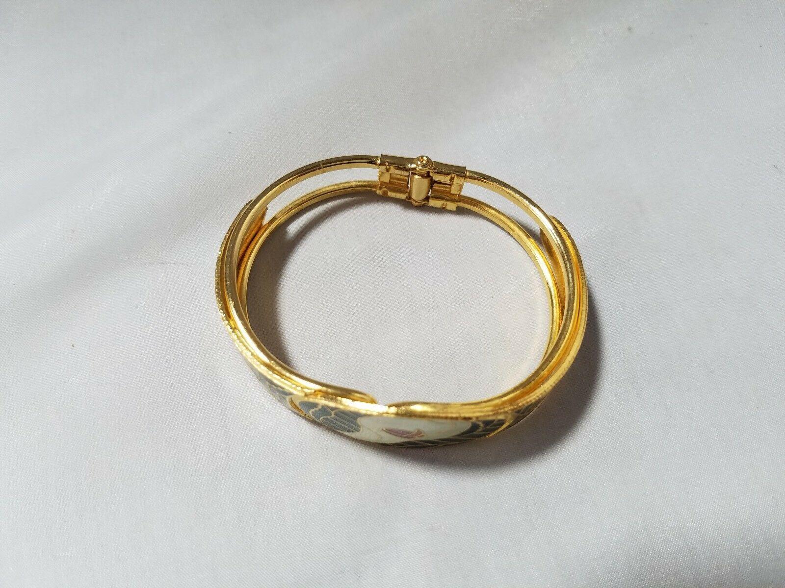 Vintage Fashion Jewelry Set Gold Tone Green Enamel Bracelet & 2 Pair Earrings
