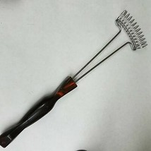 Cutco Whisk Stir Wire Whipping Egg Beater Brown Orange Handle #1714 - $28.12