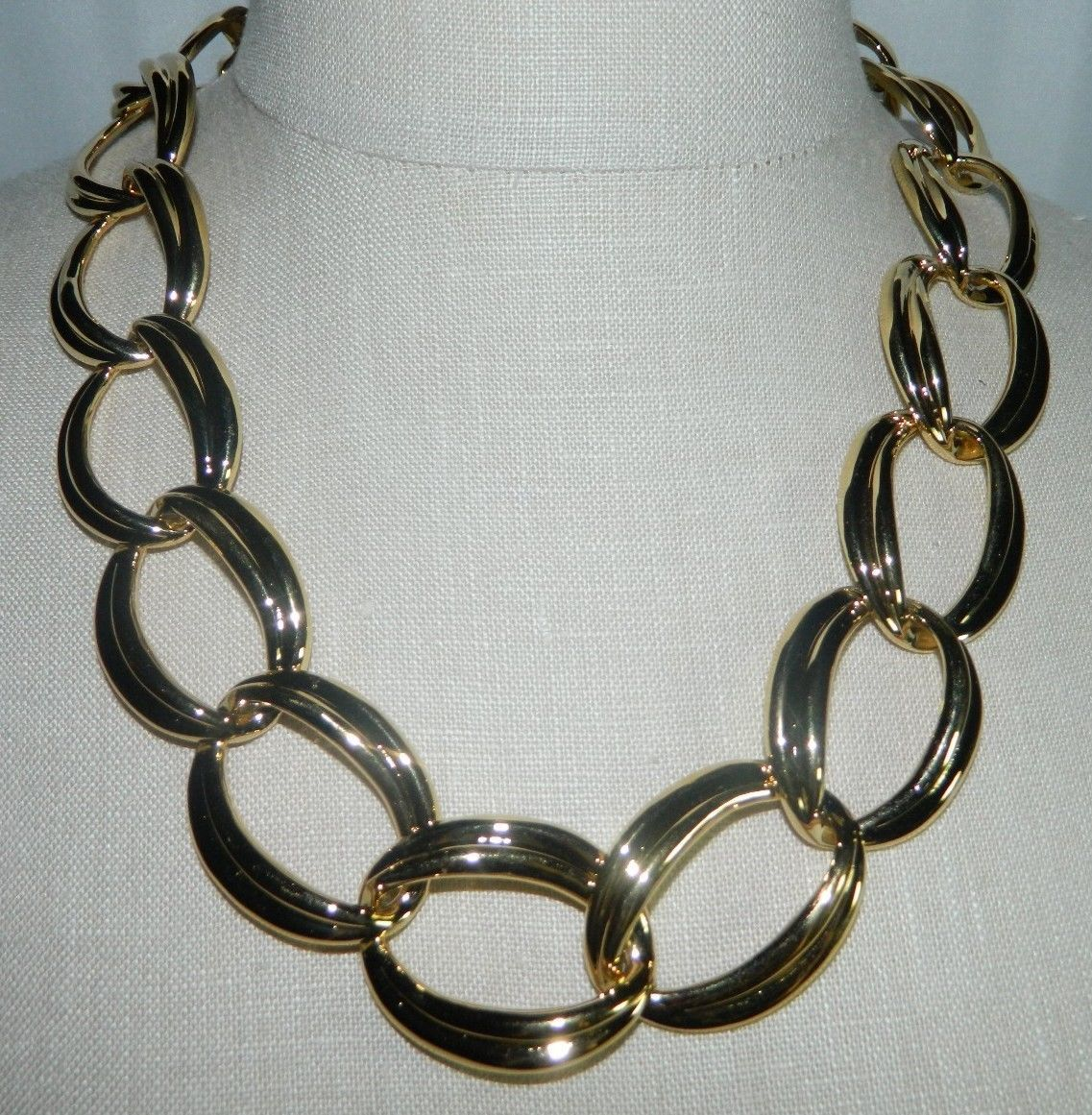 """VTG NOS NAPIER with Tags Heavy Gold Tone Chain Link Choker Necklace - 20/22"""""""