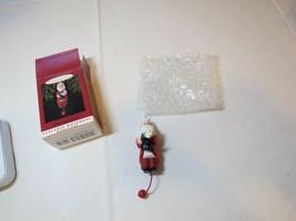 That's Entertainment Santa movement RARE Christmas Hallmark Keepsake Orn... - $13.89