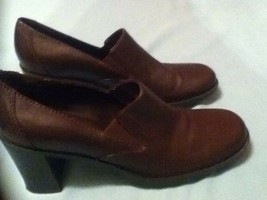 Ladies Womens Size 9M Bass shoes brown leather Easter - $25.99