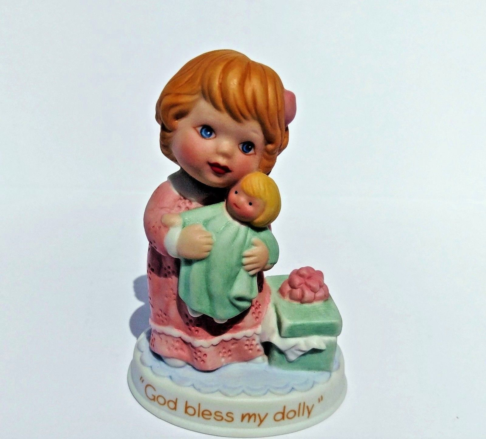 Avon Tender Memories Collection 1990 God Bless My Dolly Figurine With Box
