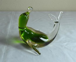 Green Art Glass Seal on Back Balancing Ball  Figurine California Handblown - $9.49