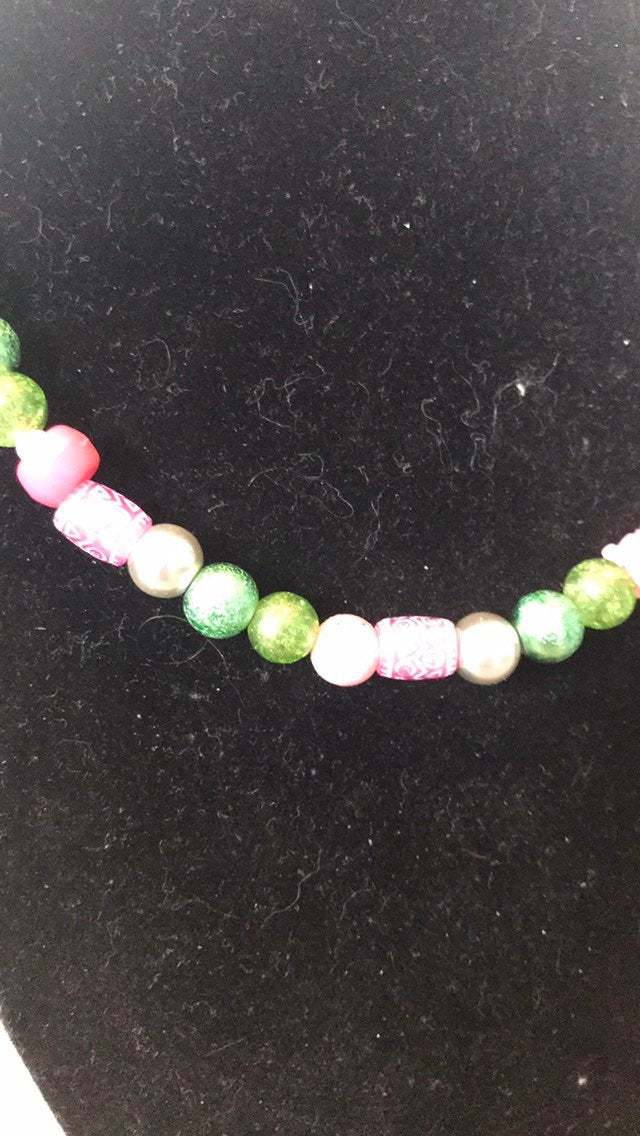 Handcrafted Green and pink glass beaded necklace