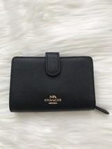 NWT COACH Medium Corner Zip Wallet In Croosgrain Leather F11484 - $75.00