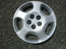 one 2000 to 2002 Chrysler Neon 14 inch bolt on hubcap wheel cover scratched - $18.50