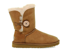 Ankle boot UGG AUSTRALIA 5803 N in hazelnut suede leather - Women's Shoes - €229,65 EUR