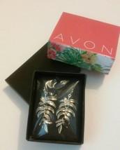 Avon Palm Leaf Dangling Goldtone Pierced Drops Earrings - $6.48