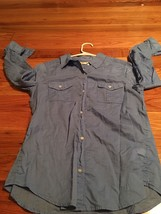 Old Navy Light Blue Womens Shirt 100% Cotton - $12.59