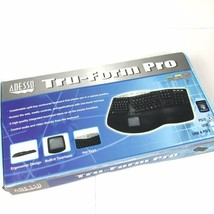 Adesso Tru-Form Media Contoured Ergonomic Keyboard PS/2 New Opened Box - $429,36 MXN