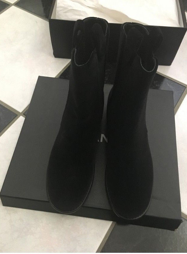 1b524ea35a71 NIB 100% AUTH CHANEL 16A Black Velvet Velour and 50 similar items