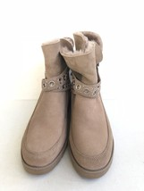 UGG CLASSIC MINI ALISIA FAWN GROMMET ANKLE BOOT US 9.5 / EU 40.5 / UK 8 - $98.18