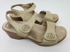 Dansko 41 Beige Tan Leather Ankle Strap Womens Sandals Size 10 - $37.61