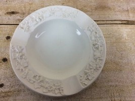 WEDGWOOD Etruria & Barleston Embossed Queen's Ware ASHTRAY Made in England White - $5.89