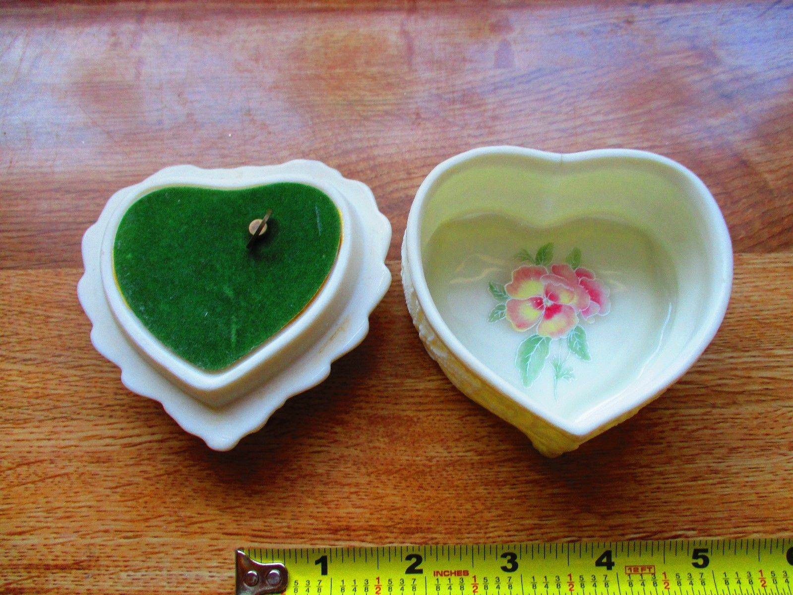 Porcelain Collector Heritage House 'Love Me Tender' Music Trinket Box