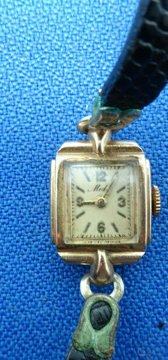 Primary image for VINTAGE MIDO 14KT SOLID GOLD LADIES WATCH FOR YOU TO FIX MAINSPRING OR PARTS