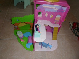 """DISNEY PRINCESS  FOLD OUT DOLL HOUSE  Pink Case  9 X 12"""" w some furniture - $11.87"""