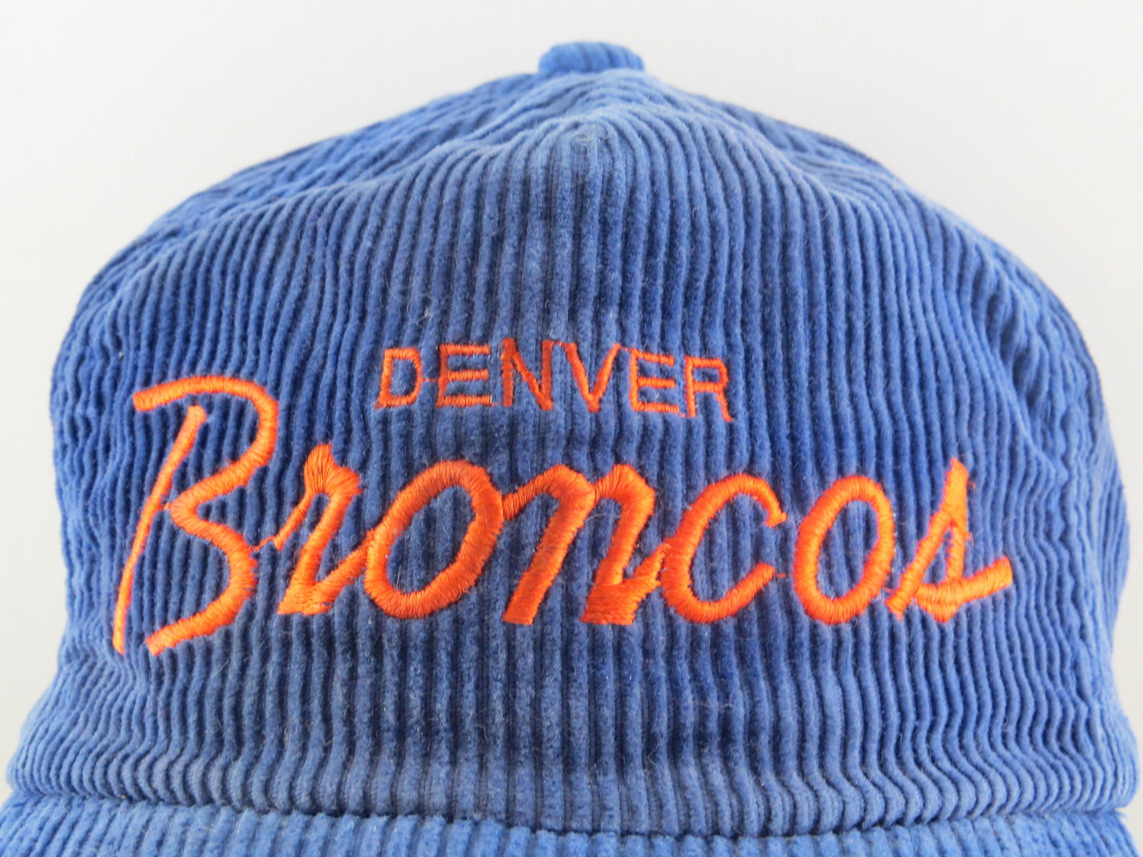 Denver Broncos Hat (VTG) - Corduroy Script Sports Specialties - Adutl Snapback