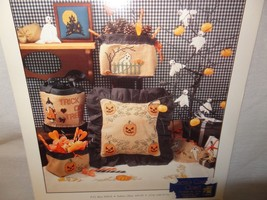 Tales Haunted Hollow Pumpkin Patch Cross Stitch Leaflet 6 Thimb Elena 1992 - $12.99