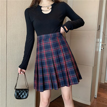 Women Girl Black Plaid Skirt Plus Size Fall Winter Pleated Plaid Skirt Outfit  image 5