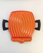 Vintage 1955 Flame Orange Le Creuset Tostador - Raymond Loewy Design