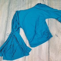New Heart Moon Star sz S open trumpet blouse - $24.00