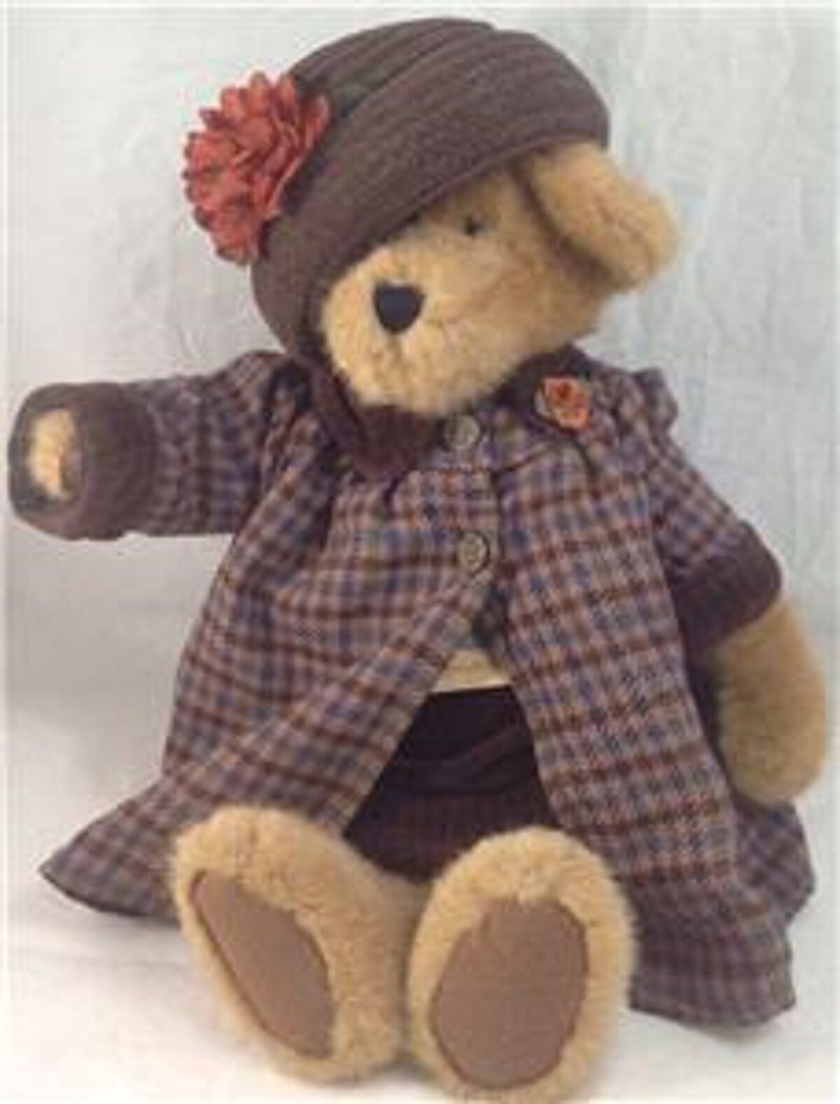 Primary image for Boyds Bears Amanda K Huntington 912025 Tags Plushie Stuffed Animal Teddy Bear