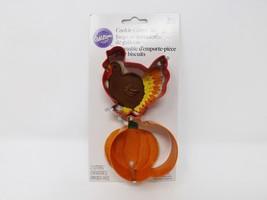 Wilton 2 Pc. Cookie Cutter Set - New - Turkey & Pumpkin - $8.54