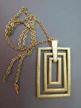 Couture Sarah Coventry Pendant Necklace Chain Rectangular Gold Plate Texture VTG - $24.74