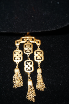 CROWN TRIFARI Huge Gold Tone Asian Style Pagoda Waterfall Pendant W/Tassels - $53.51