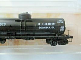 Micro-Trains # 06500186 HJ Gilbert Molasses 39'  Tank Car Car # 6 N-Scale image 3