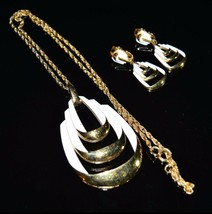 VTG 1950's CROWN TRIFARI White Enamel Gold Tone Abstract Necklace Earrin... - $74.25