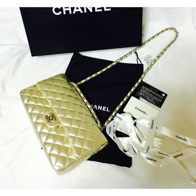 c262e50b92 CHANEL Matelasse 25 Chain Shoulder Bag Gold Lambskin Woman Luxury Auth Used  Rare