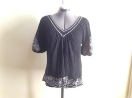 BCBG Max Azria Black Pull On Top with White Floral Embroidery Shirt Blouse S - $19.27