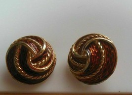 Vintage Crown Trifari Gold-tone Enamel Swirl Clip-on Earrings - $24.74
