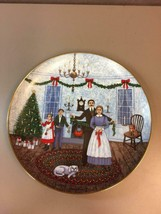 Joan Landis Deck the Halls with Boughs of Holly 1982 Royal Windsor Plate... - $29.69