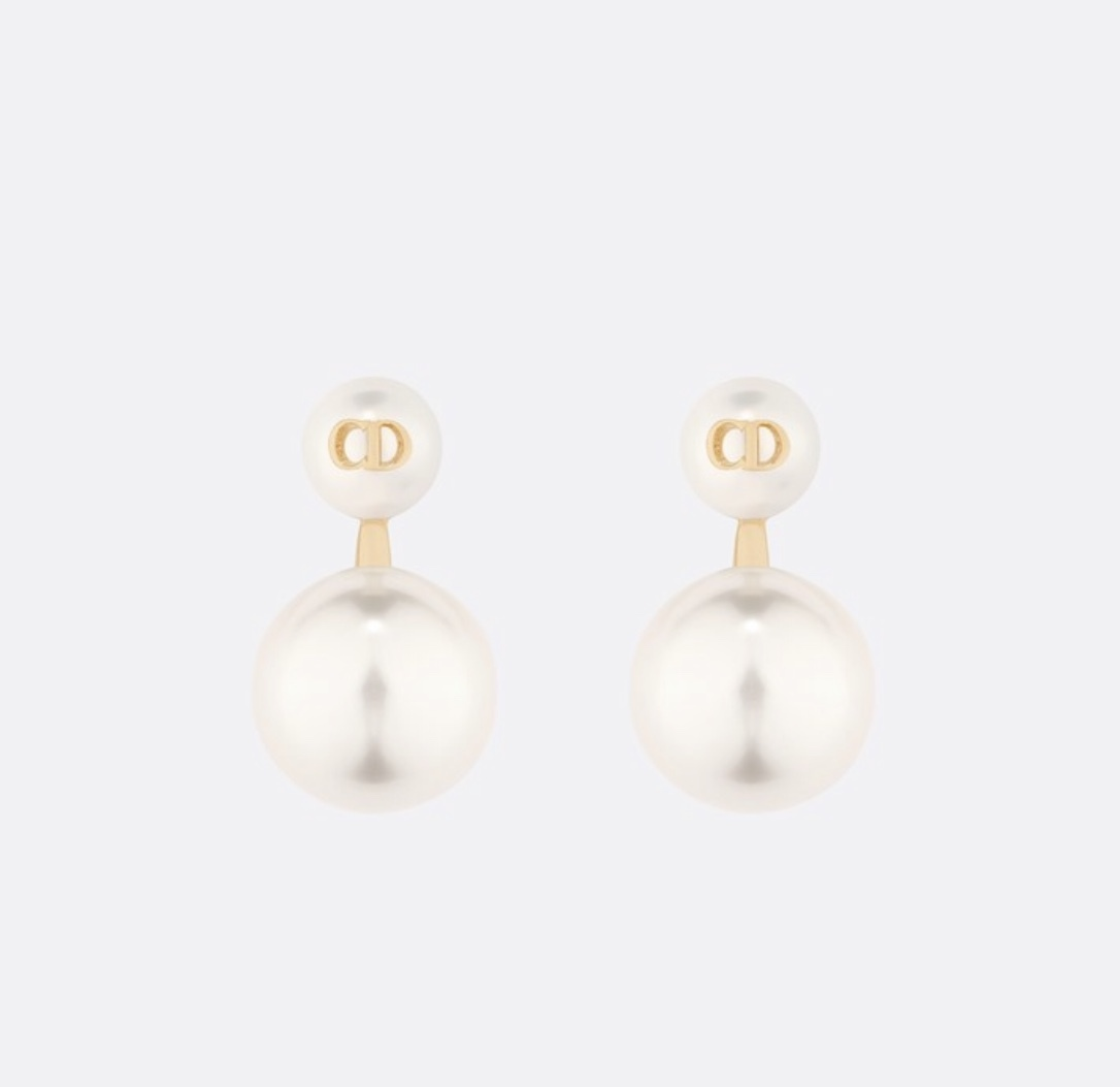 Authentic Christian Dior 2019 Danseuse Etoile Mise En Dior TRIBAL Pearl Earrings