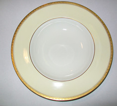 "Royal Worcester Royal David Rimmed Soup Bowl s 9 1/8"" Z348 - $19.79"