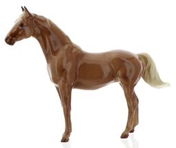 "Hagen-Renaker Miniature Ceramic Horse Figurine Thoroughbred ""Silky Sullivan"" image 9"